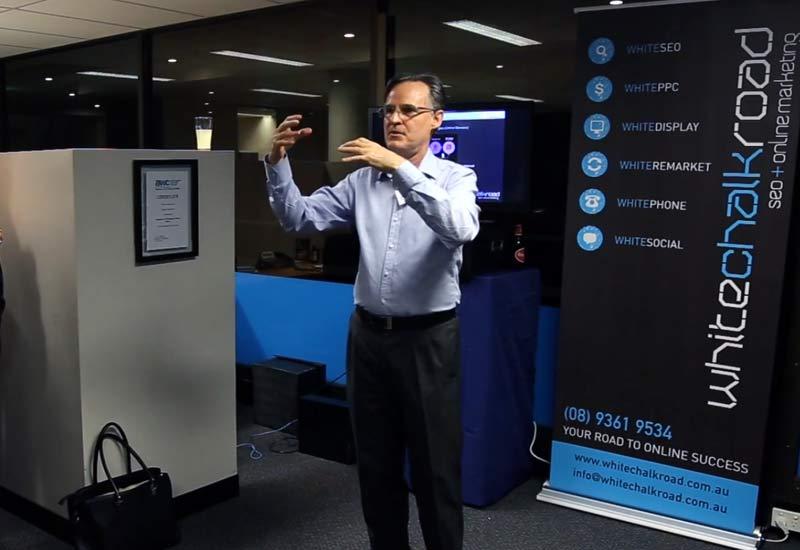 Charles Ryder presenting online marketing tips.