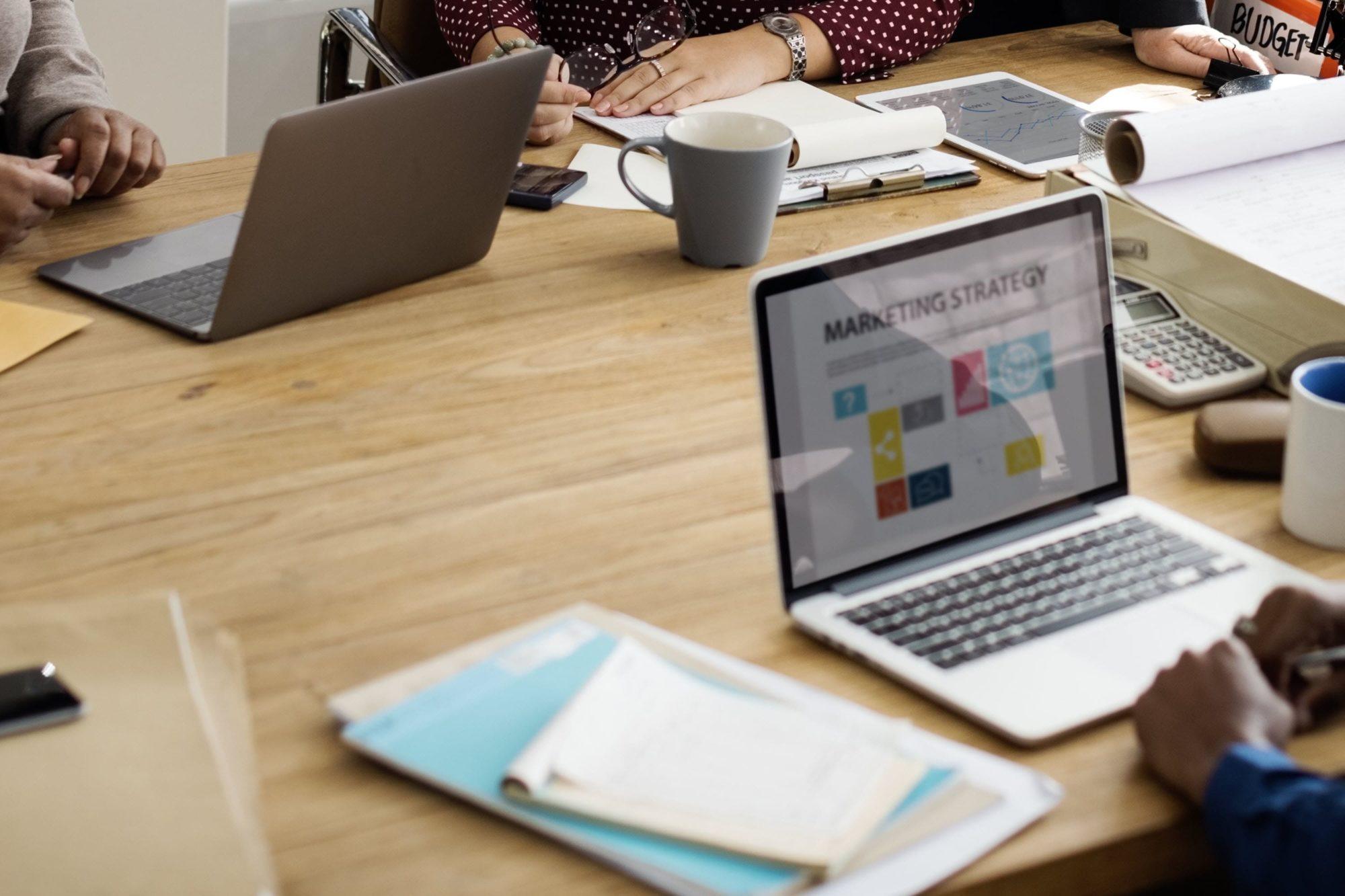 Offline vs. Online marketing mediums for small businesses.